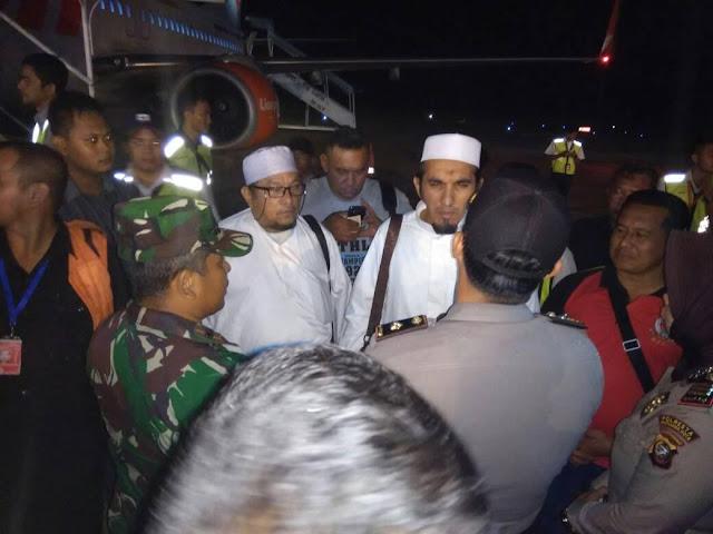 Tiba di Bandara Pontianak, Dua Pengurus FPI Diminta Aparat Keamanan Balik Kembali ke Jakarta