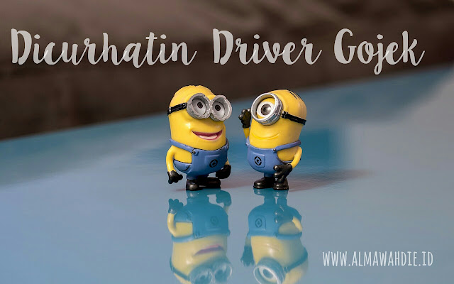 Driver gojek curhat unek- uneknya ke pelanggan