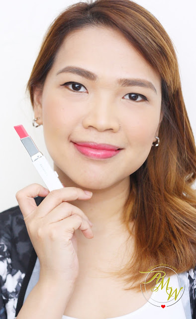 a photo of Askmewhats using  Laneige Two Tone Lip Bar in Pink Step (No. 6)