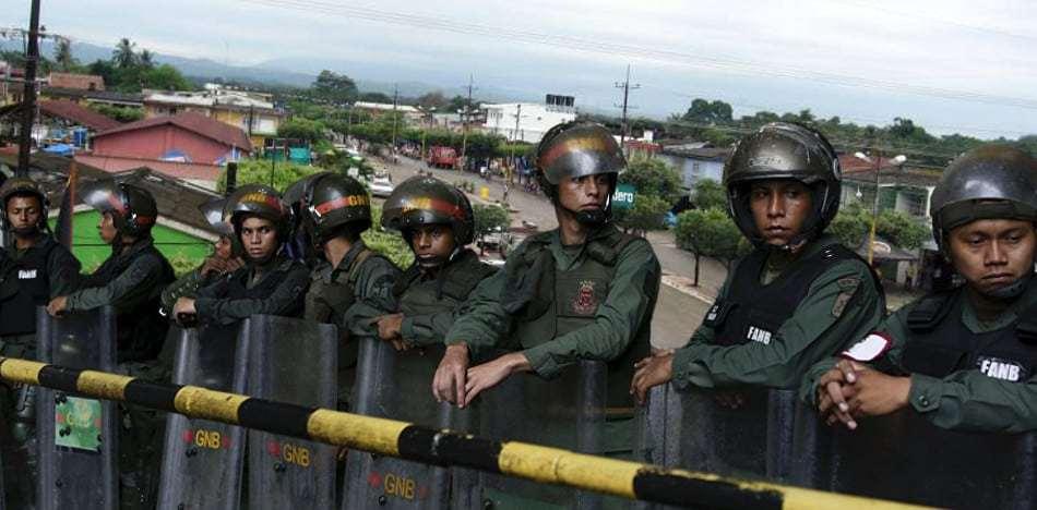 Venezuela nuevamente viola soberanía colombiana con presencia de militares