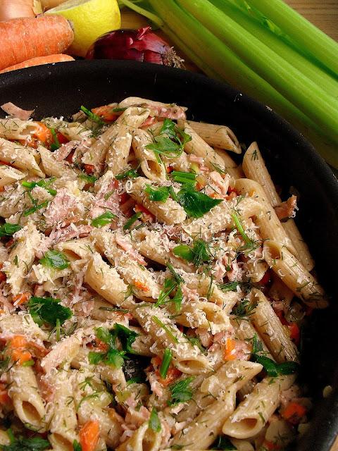 Szybki makaron z szynką i warzywami / Quick Pasta with Ham and Vegetables
