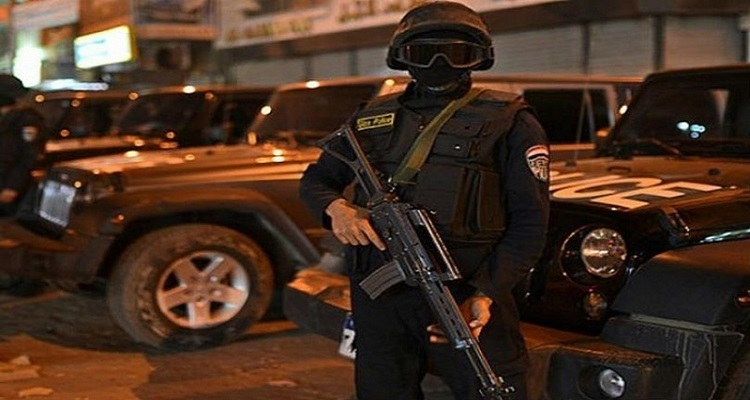 في هجوم تبناه داعش : مقتل 13 ضابطا مصريا في شمال سيناء