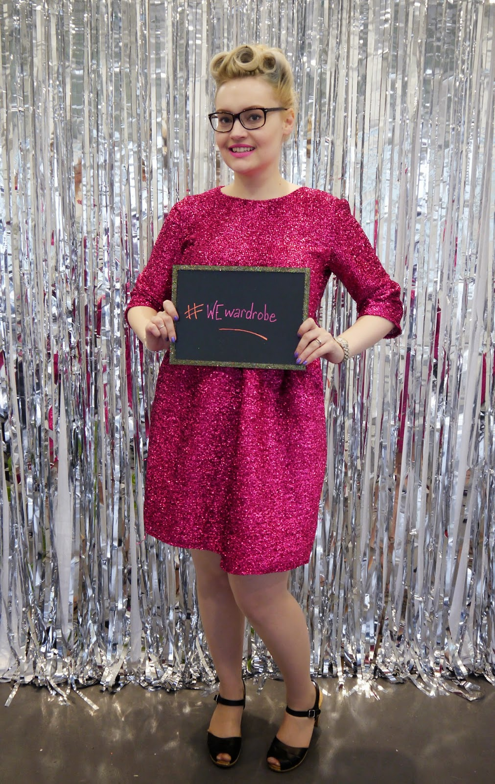photobooth, DIY, sparkly, party, sequin dress, VintageStyleMe, Wear Eponymous, poodle hair, victory rolls, Betty Grable,