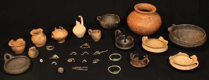 Τοσκάνη :Βρέθηκε  άθικτος τάφος (8 - 7 ου αι. π.Χ.) όταν οι Έλληνες ωθούσαν την πολιτισμική ανάπτυξη των Τυριννών (Ετρούσκων)