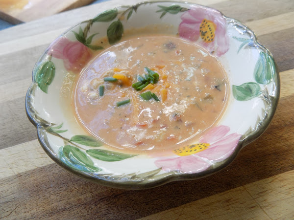 Don't you try to change me woman! (Low Carb Buffalo Chicken Soup)