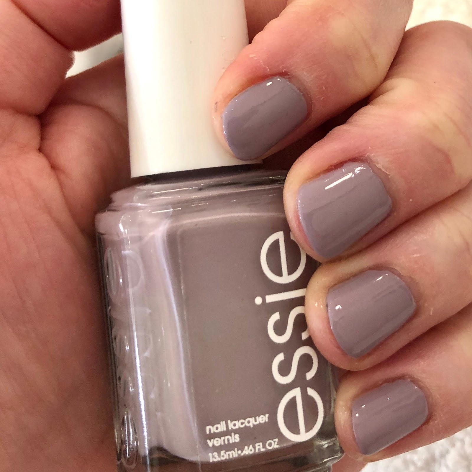Winter Nail Polish: The Beauty Of Life: #ManiMonday: Essie Just The Way You