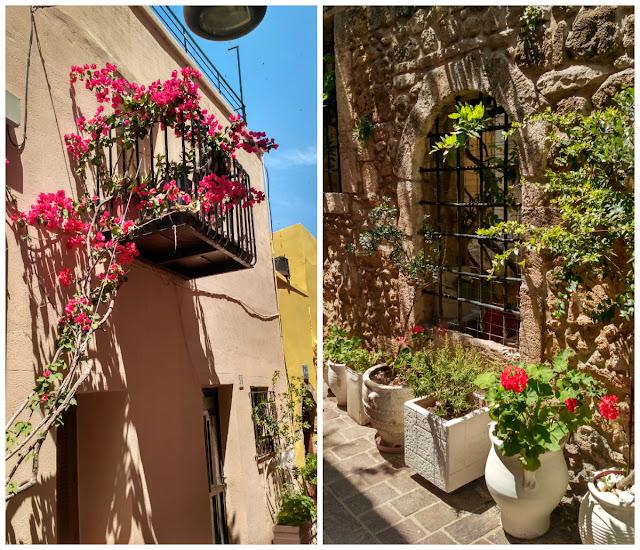 kwitnące kwiaty na Krecie, Chania i ulice