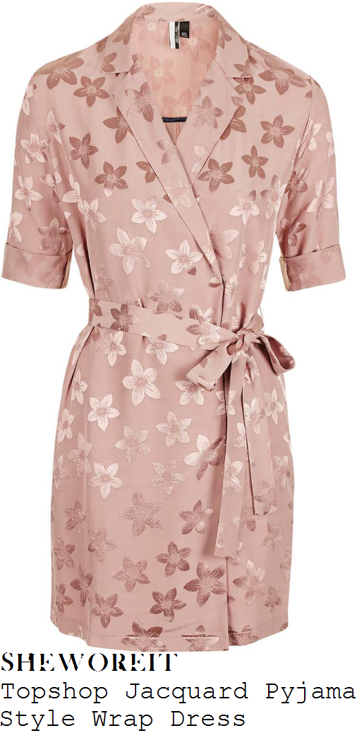 kady-mcdermott-topshop-blush-pink-and-rose-gold-jacquard-floral-print-pyjama-wrap-dress