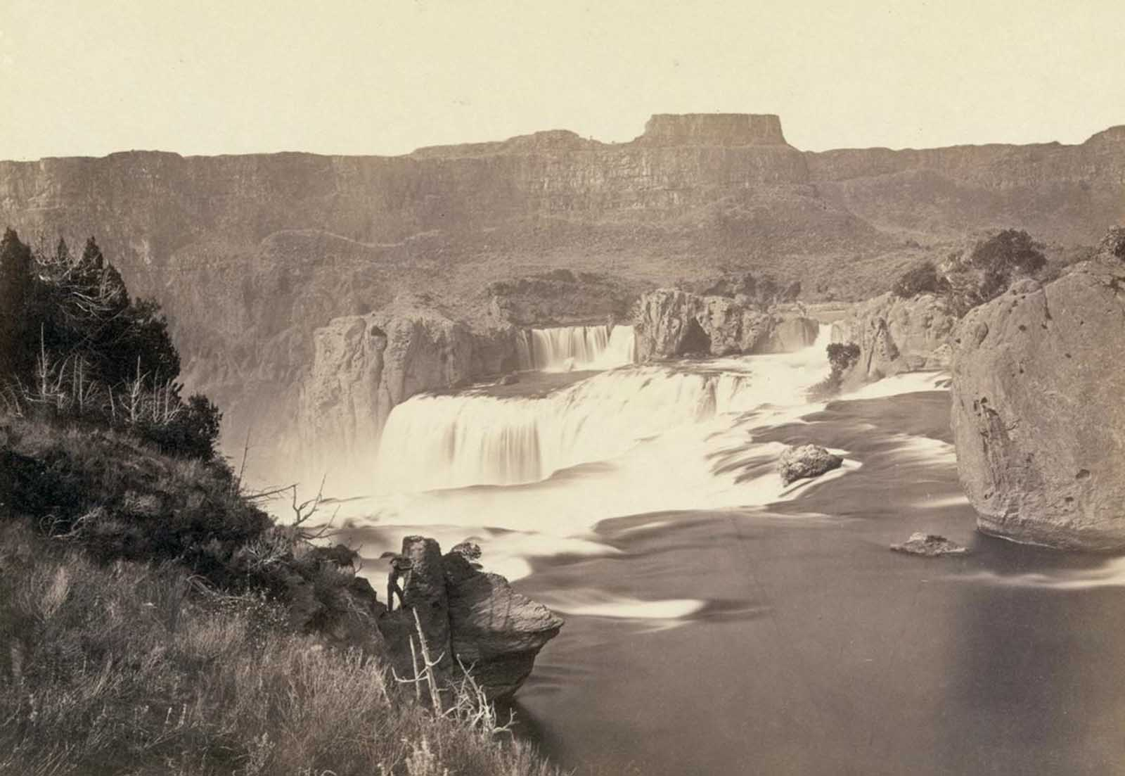 Shoshone Falls, Idaho, in 1868. Shoshone Falls, near present-day Twin Falls, Idaho, is 212 feet high, and flows over a rim 1,000 feet wide.