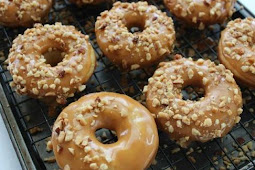 Baked Caramel Apple Donuts Recipe!