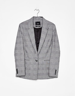 https://www.bershka.com/ch/fr/veste-tailleur-masculine-c0p101097971.html?colorId=809