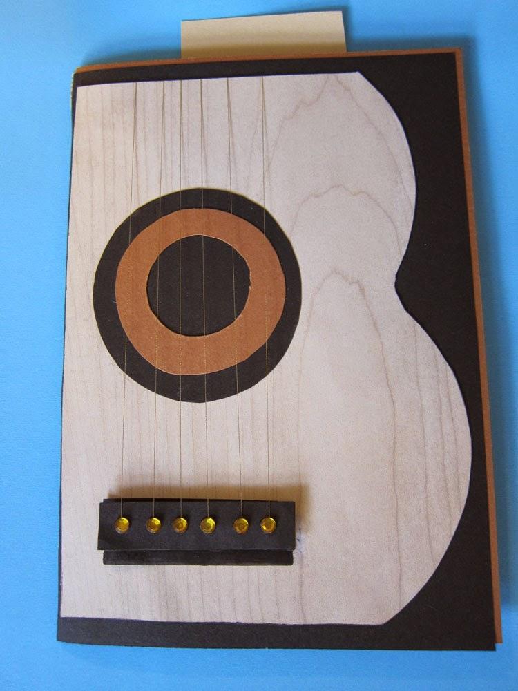 http://diykort.blogspot.dk/2014/10/guitar-kort-med-sangkor.html