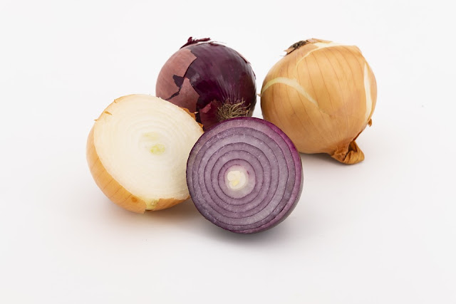 Noteworthy Health Benefits of Onions - RictasBlog