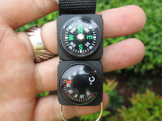 carabiner compass termometer outdoor
