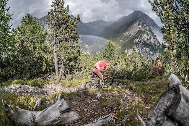 Singletrail Abfahrt Mountainbike Valdidentro Monte delle Scale
