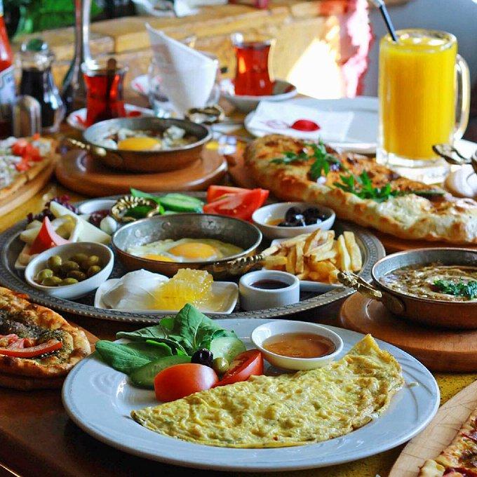أفضل الأماكن للأكل في جده تجربة الطعام العائلية