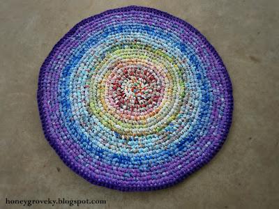 Crocheted rag rug in rainbow colors