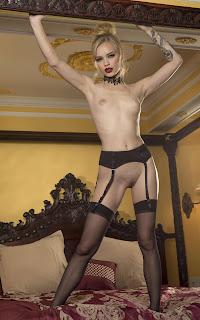 Twerking blondes - Alex%2BGrey-S01-063.jpg