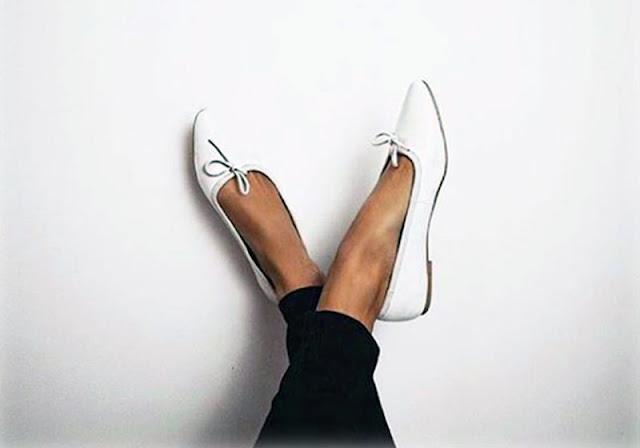 sapatos para mulheres com pés grandes