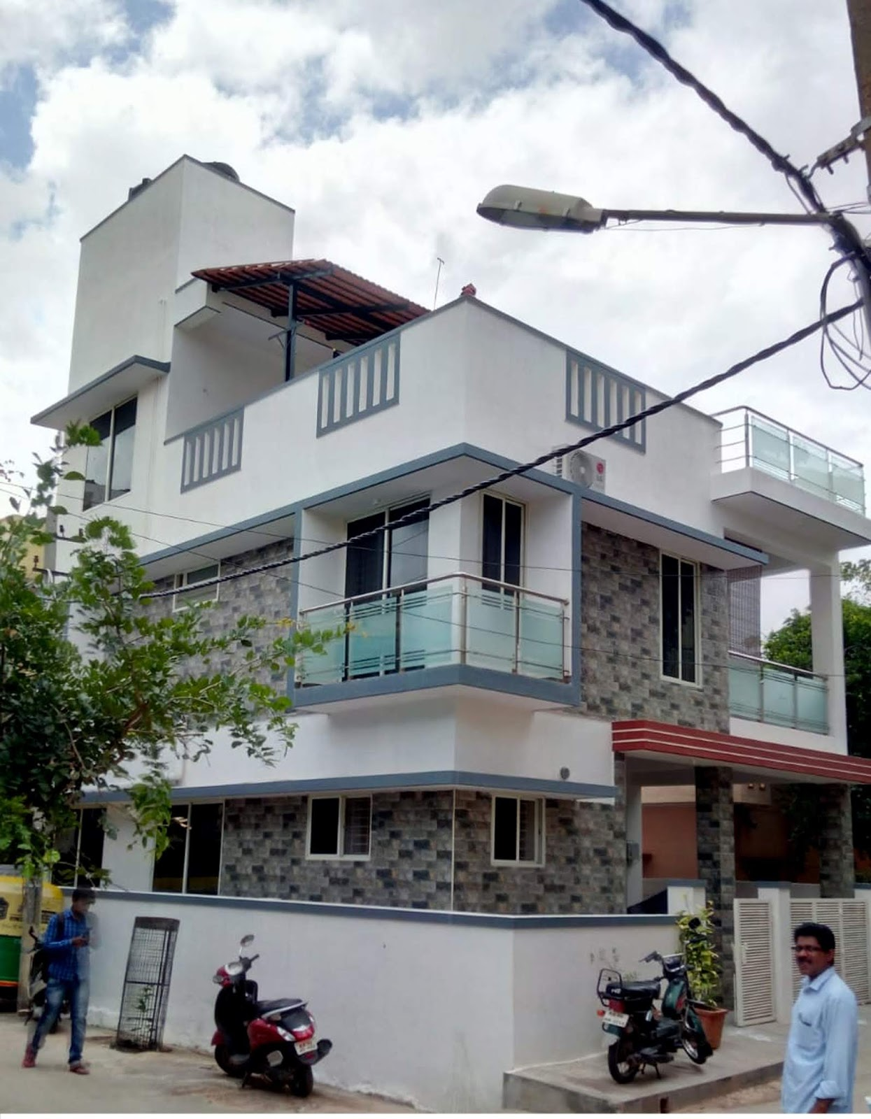 2.75 cents 30 x40 feet land contemporary Bengaluru house