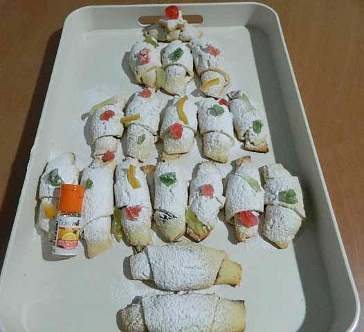 Nella cucina di teresa alberello di cornetti dolci - Nella cucina di teresa ...