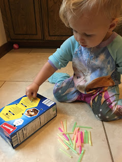Toddler Play: Fine Motor Skills