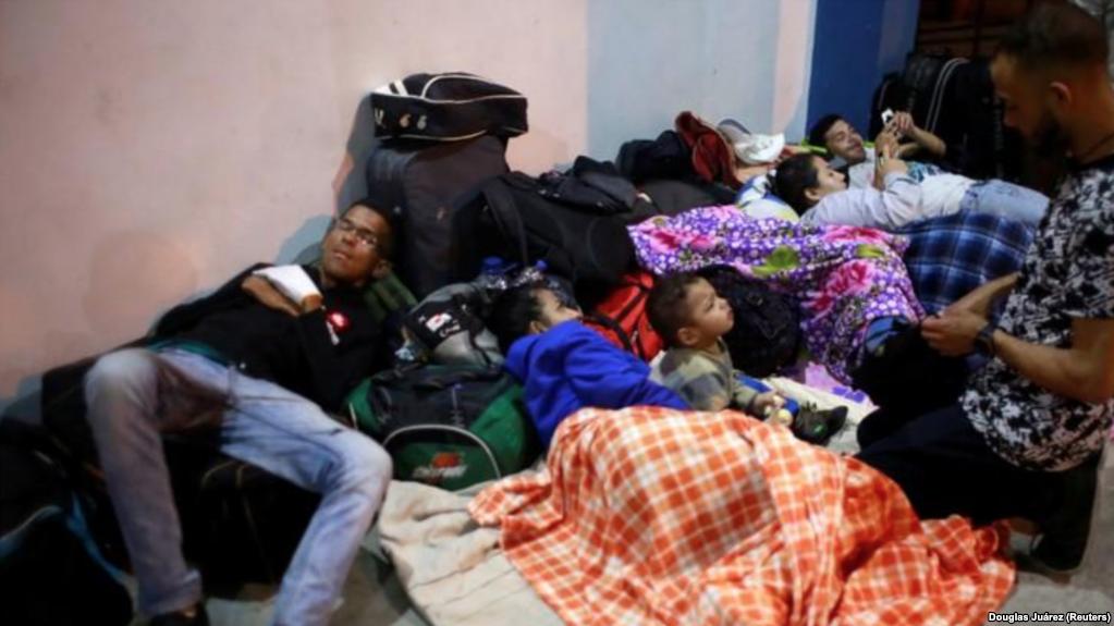Venezuela vive el mayor éxodo de su historia hacia la región / REUTERS