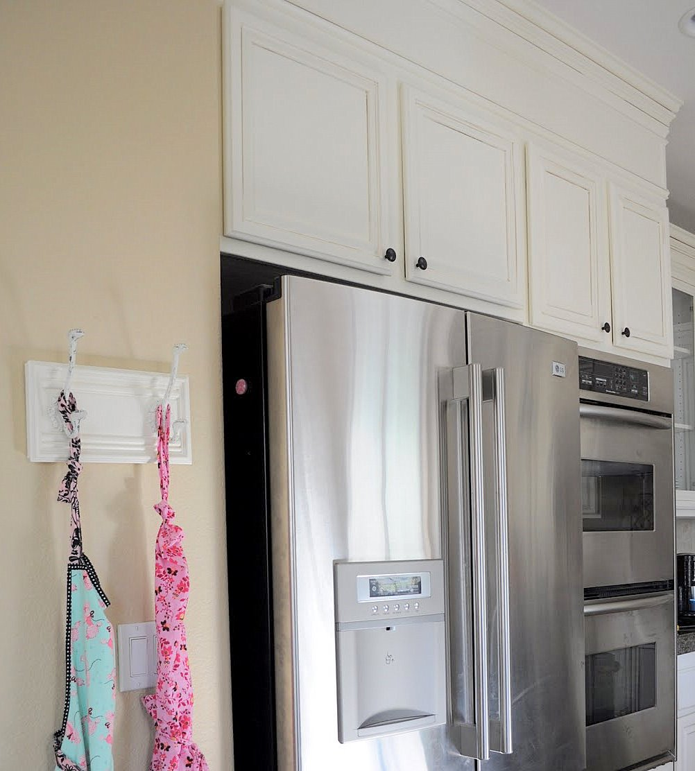 Add Crown Molding To Kitchen Cabinets: Adding Height To Your Kitchen Cabinets
