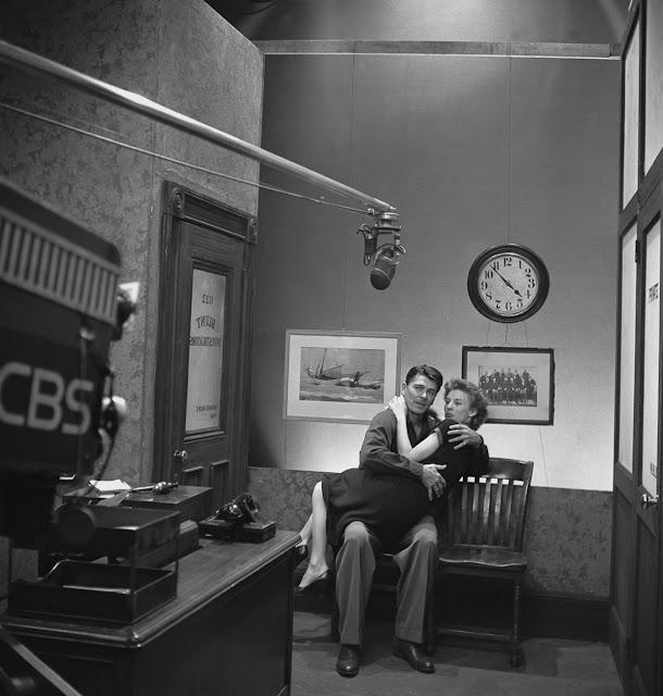 Cloris Leachman's timeline #ClorisLeachman #history #retro #vintage