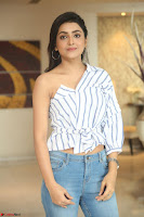 Avantika Mishra in Jeans and Off Shoulder Top ~  Exclusive 19.JPG