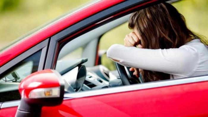 Mengatasi Rasa Ngantuk Saat Menyetir Mobil