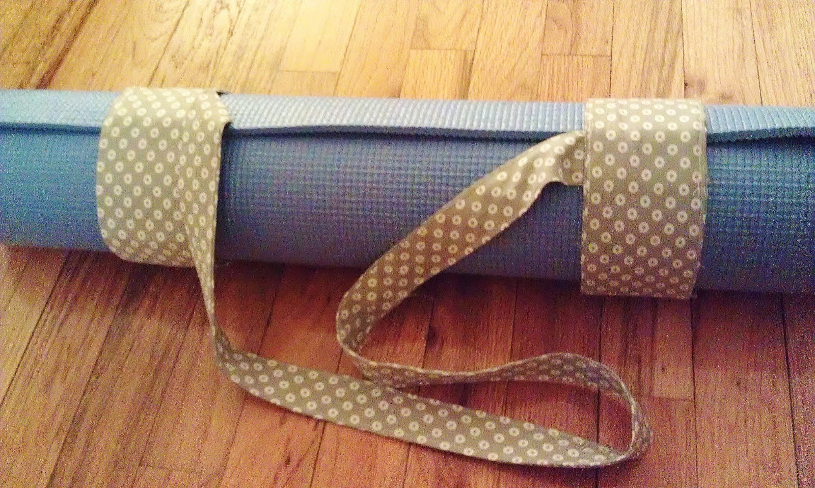 CraftyBridge: Yoga Mat Strap