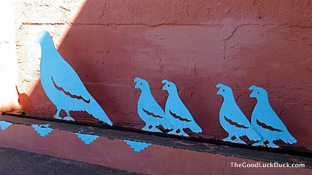 Street art in Truth or Consequences - gambel quail metal sculpture