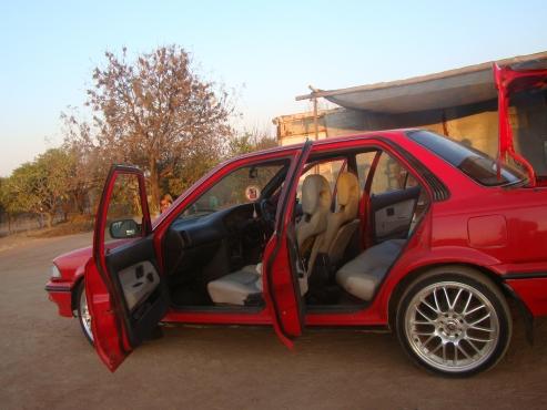 Toyota Corolla Twincam Merah 1.6