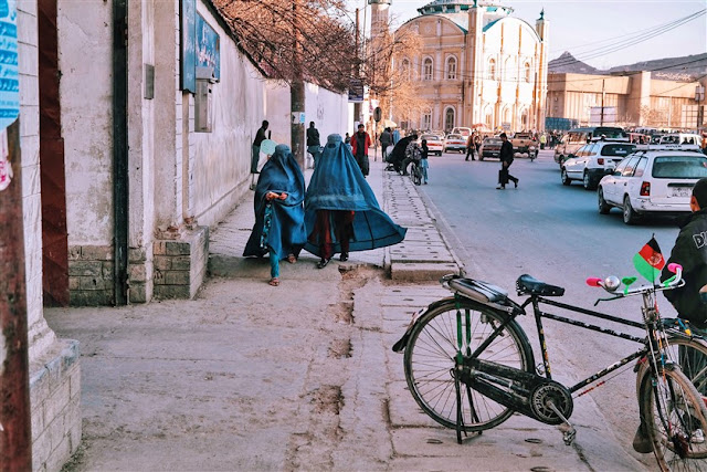 kabul city women burkha soul afghanistan photography