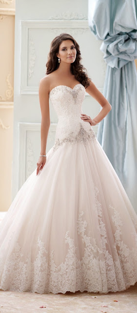 white Sweetheart gowns for girls
