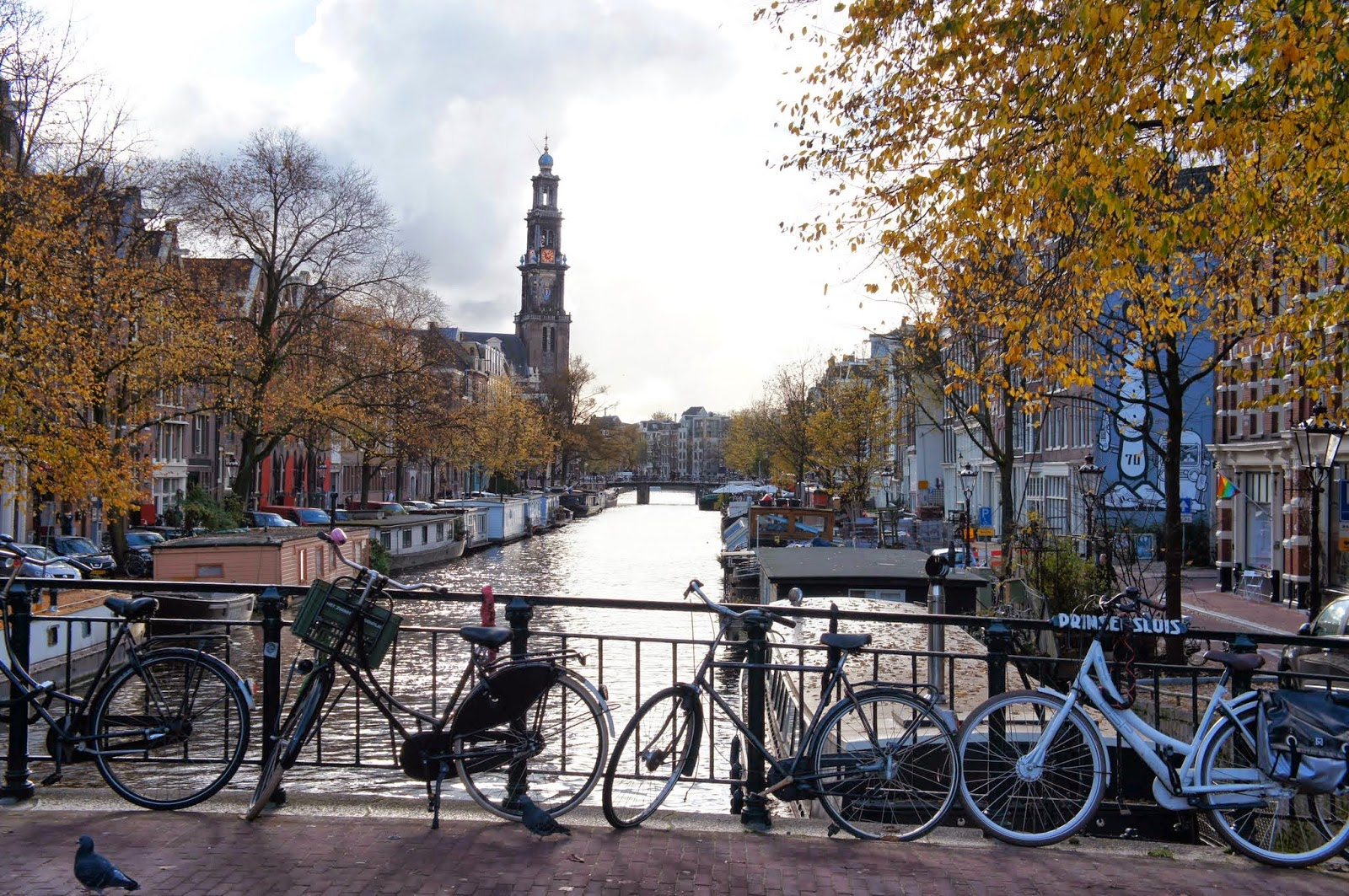 Amsterdam - Beautiful canals
