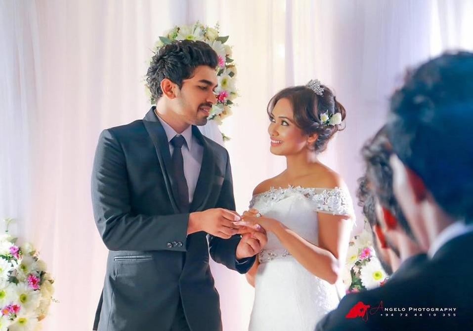 Yureni Noshika Wedding Photo