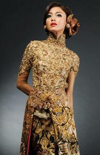 Kebaya Modern Warna Gold