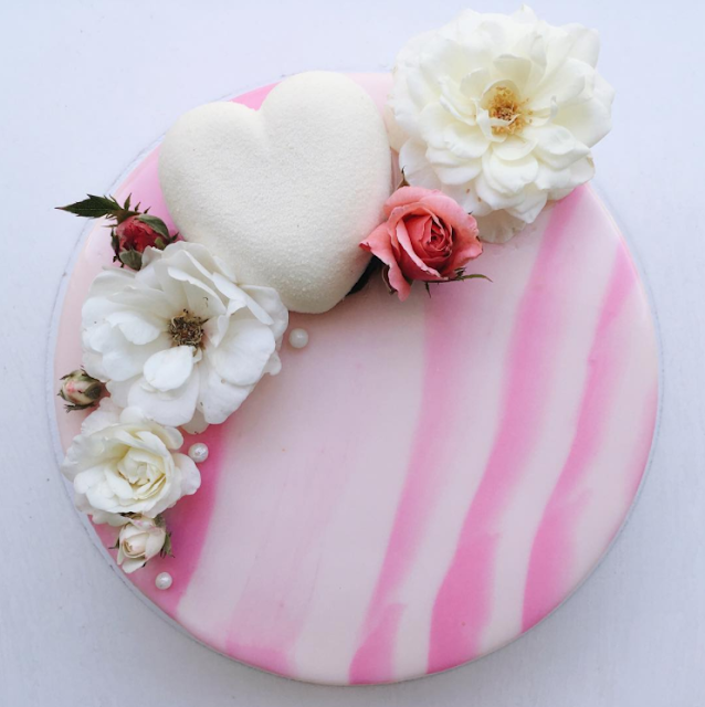 tarta de boda corazon efecto terciopelo - blog mi boda