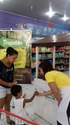 TROPDAN PROMOVE AÇÃO DE DEGUSTAÇÃO NO DIA% JACUPIRANGA