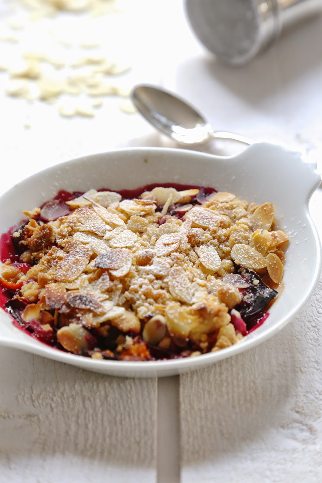 crumble , amandes , quetsches , facile