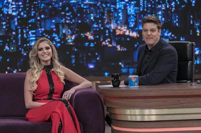 Bárbara Evans e Fábio Porchat - Crédito: Edu Moraes/Record TV