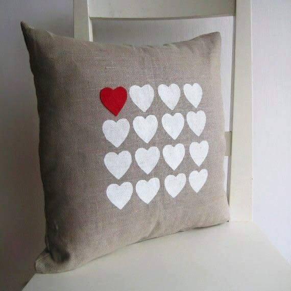 Ideas para decorar cojines con corazones - Decorar cojines ...
