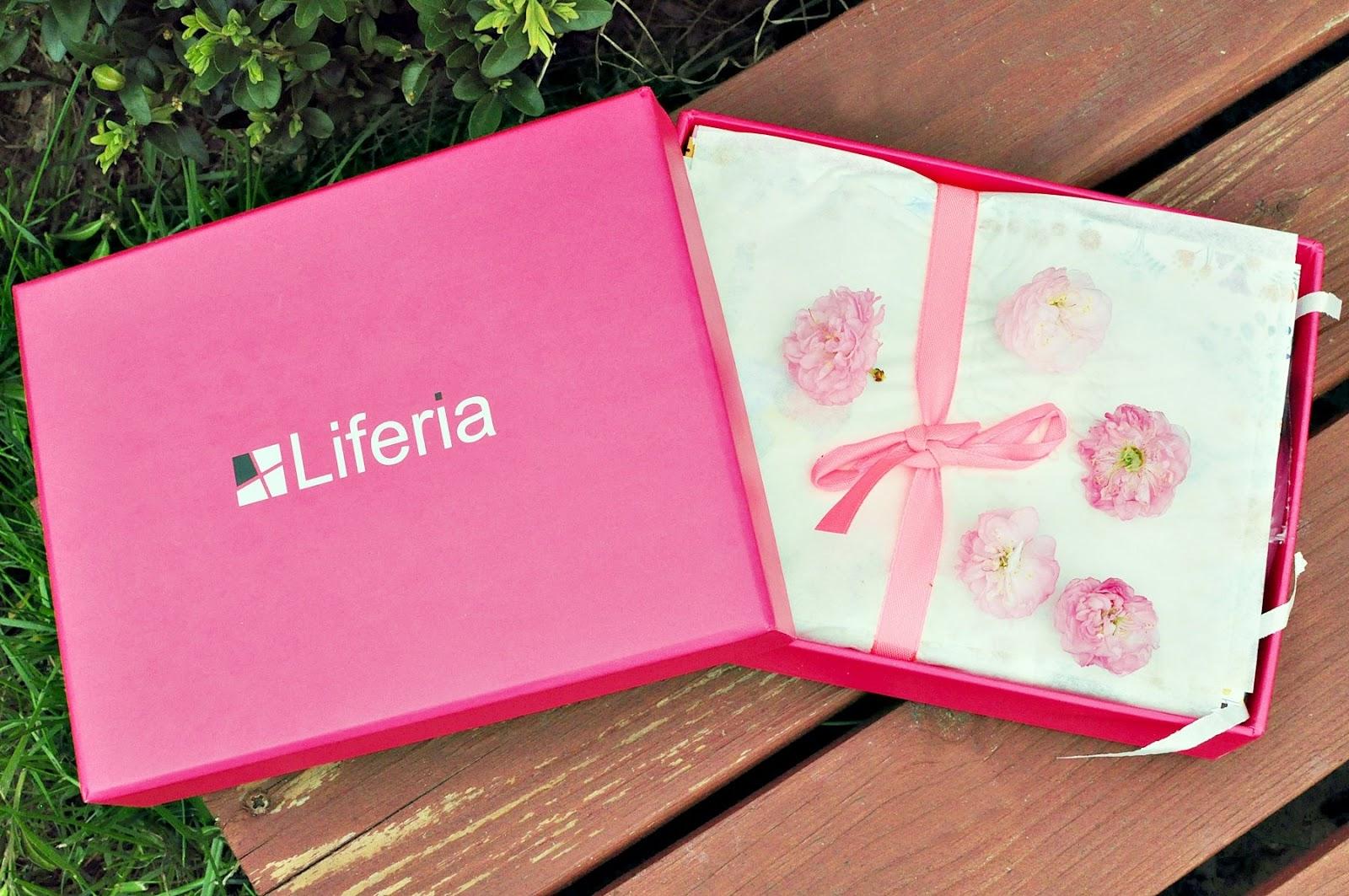 kwiecień-Liferia