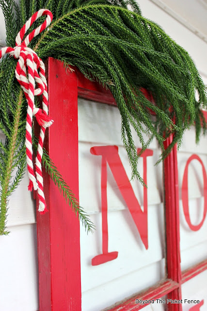 Christmas sign, old window, pine bough, https://goo.gl/BcyJKv