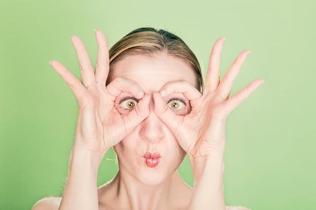 Chamomile Tea  Reduce Puffiness under eyes
