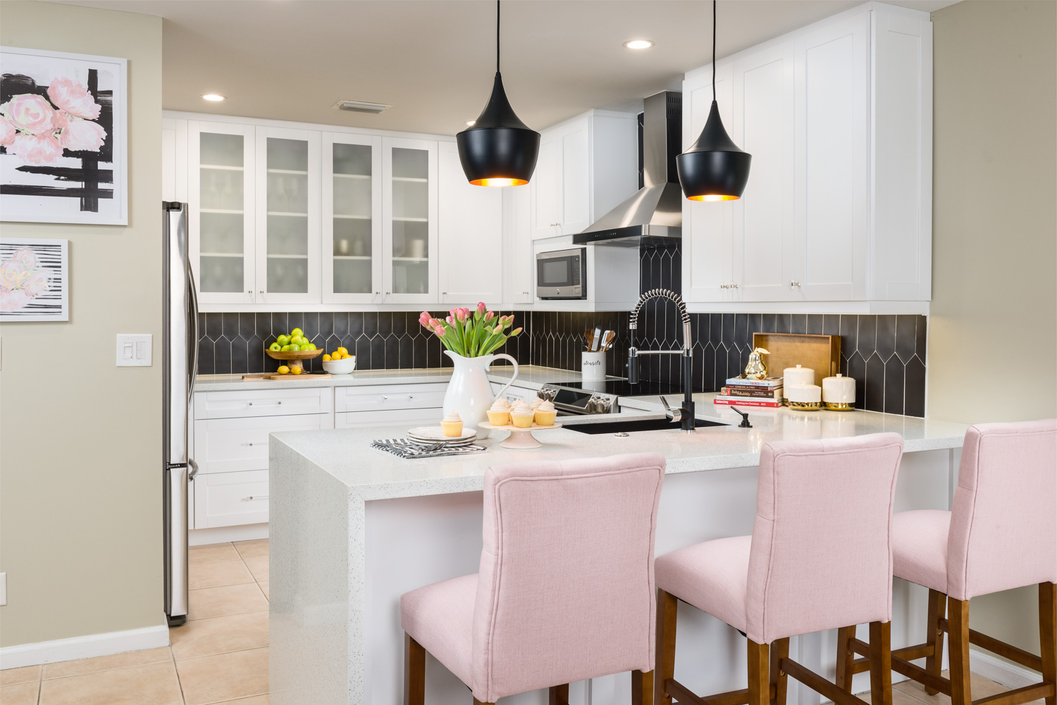 A Black And White Kitchen With Surprise Pop Of Pink Yum