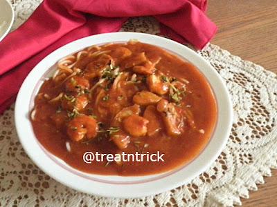 Mee Tomato (Noodles in Tomato Gravy) Recipe @ treatntrick.blogspot.com