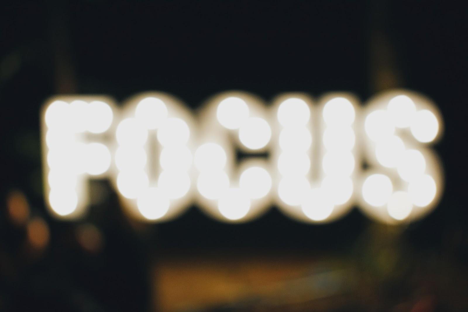 10 modi per essere la migliore versione di te stessa, come cominciare ad essere delle persone positive e propositive per gli altri, 10 piccole buone azioni per essere utili e fare del bene al prossimo, fashionsobsessions.com, @zairadurso, #fashionsobsessions
